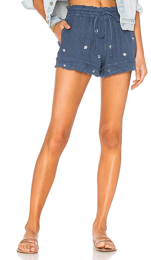 Layered Fray Hem Short