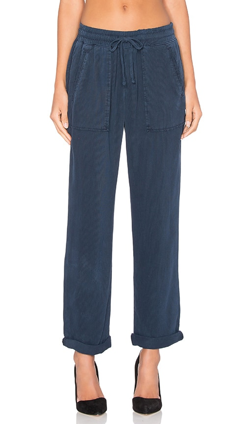 Bella Dahl Easy Welt Pocket Trouser in Navy