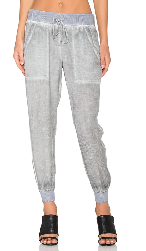 Bella Dahl Pocket Jogger in Gray