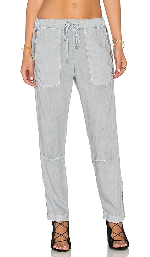 Bella Dahl Exposed Zipper Pant in Gray