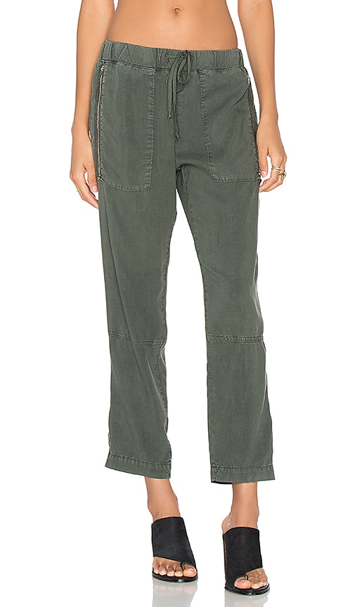 Bella Dahl Exposed Zipper Pant in Green
