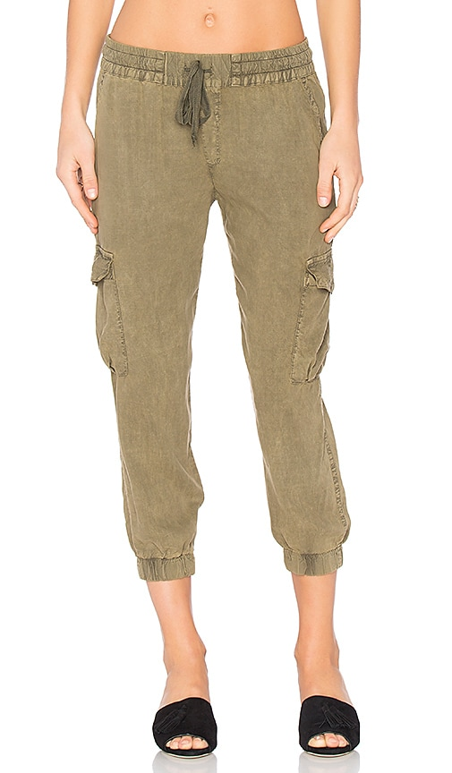Bella Dahl Flap Pocket Cargo Jogger in Olive
