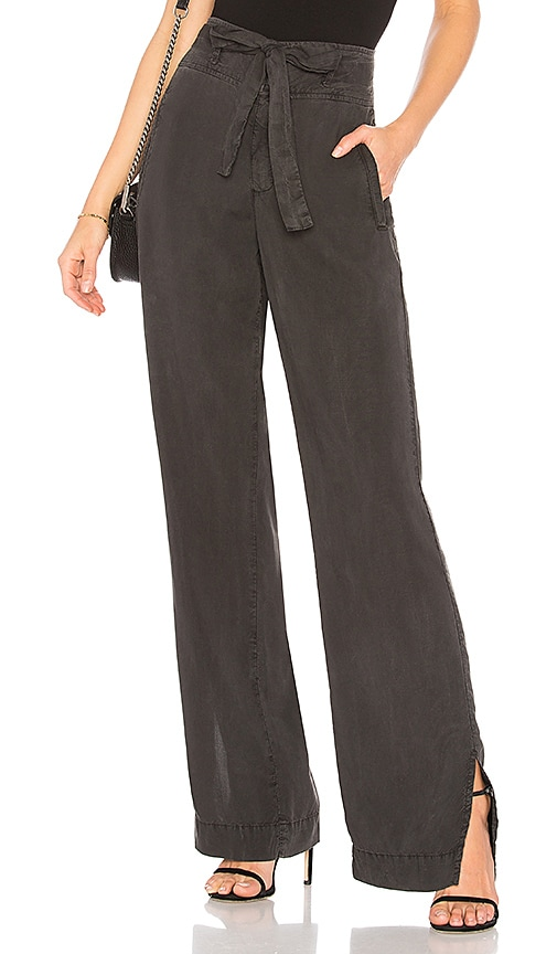 Bella Dahl Belted Wide Leg Pant in Charcoal