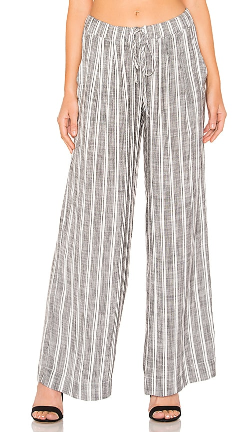 Pleated Front Wide Leg Pant
