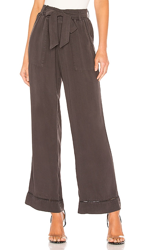 Trimmed Belted Wide Leg Pant