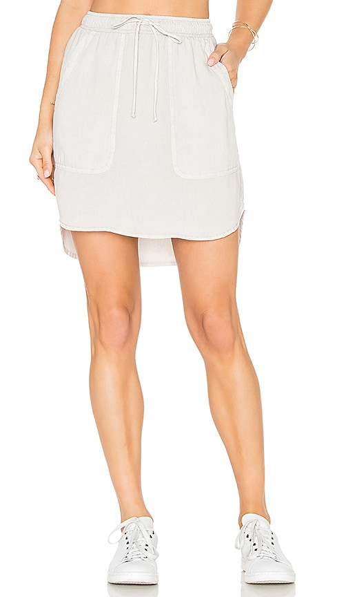 Bella Dahl Pocket Drawcord Skirt in Beige