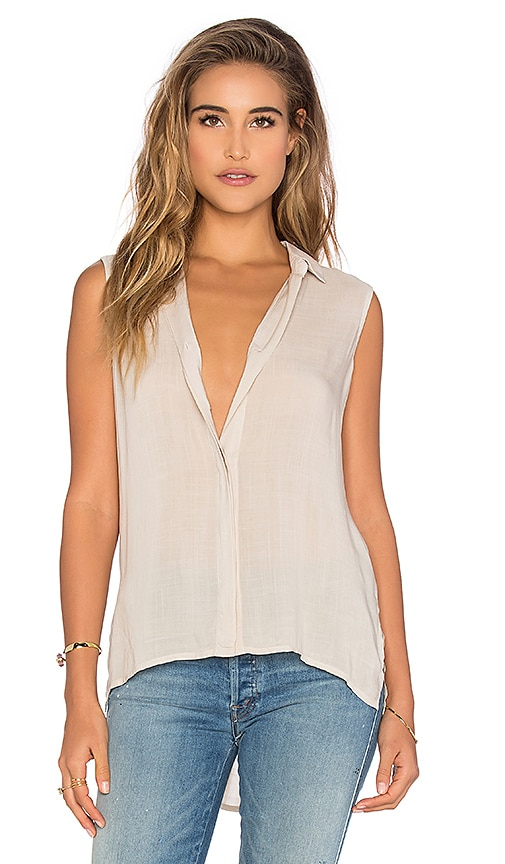 Sleeveless Folded Yoke Shirt