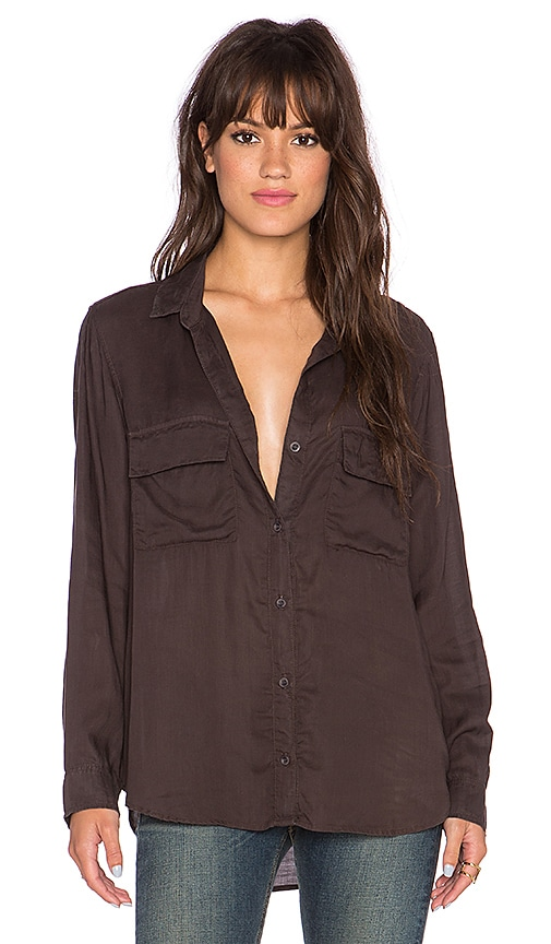 Bella Dahl Patch Pocket Button Up Top in Midnight Oil