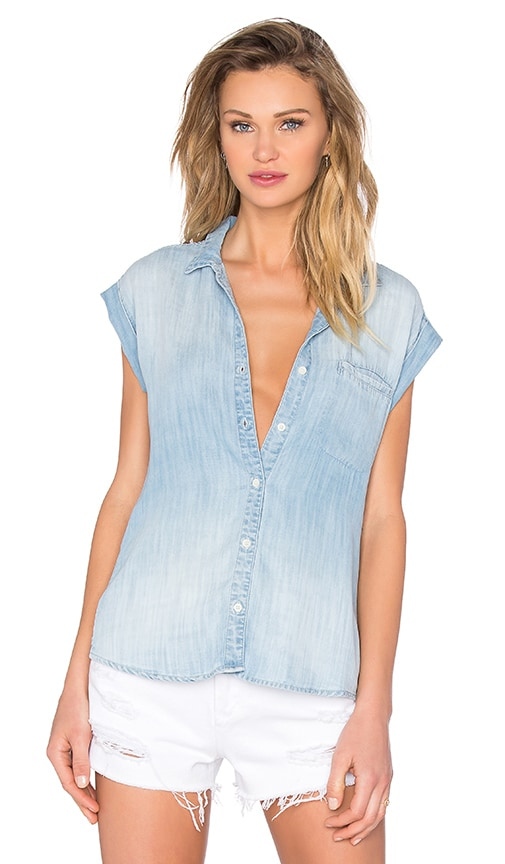 Bella Dahl Welt Pocket Capsleeve Shirt in Blue