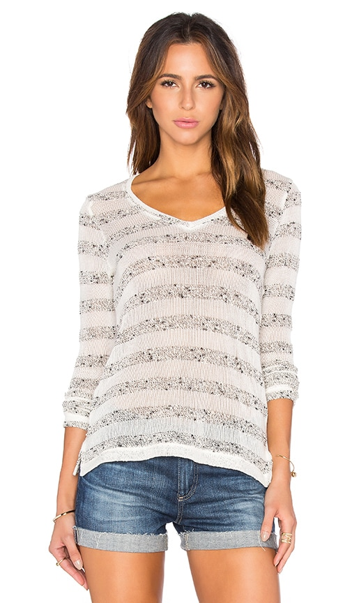 Bella Luxx V Neck Stripe Pullover in Cream