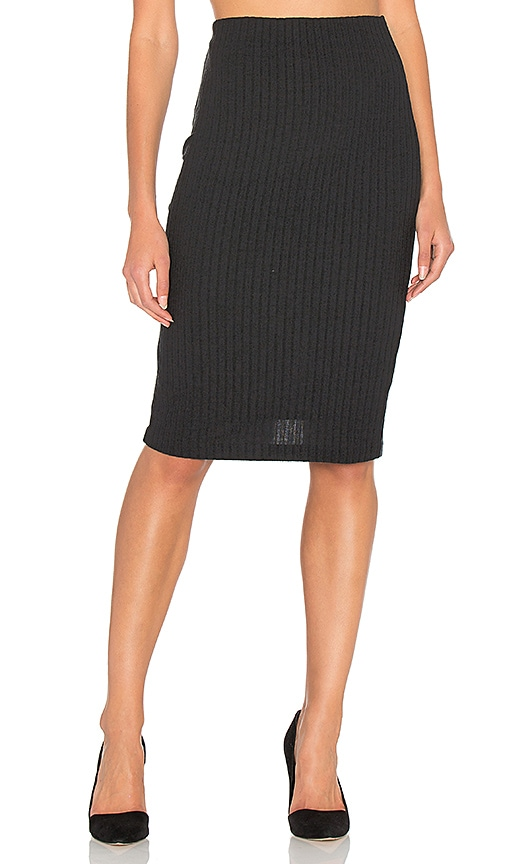 Bella Luxx Plush Rib Tube Skirt in Black