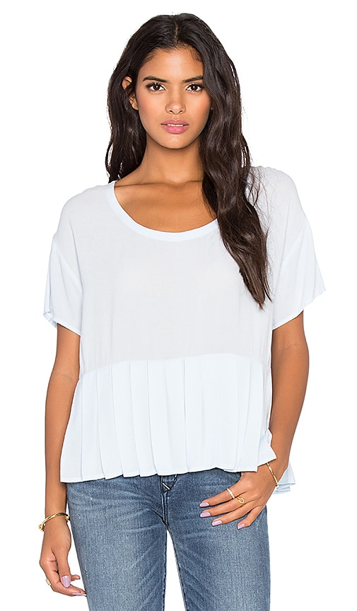 Bella Luxx Pleated Woven Tee in Dusk Blue