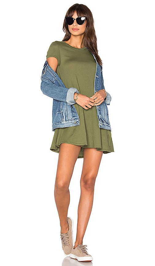 Bobi Light Weight Jersey Short Sleeve Dress in Green