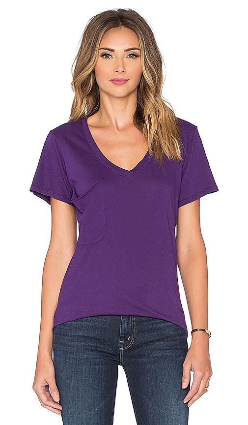 Bobi Light Weight Jersey Pocket V Neck Tee in Plummet