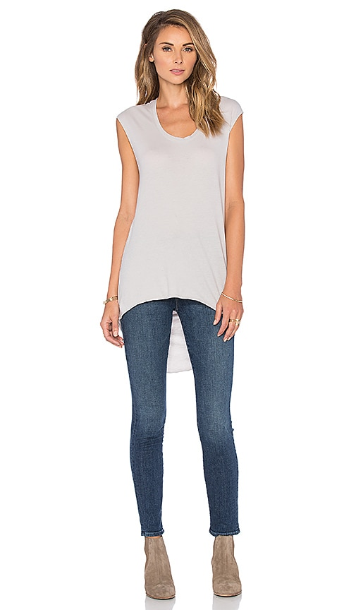 Bobi Lightweight Jersey Drape Back Tee in Light Gray