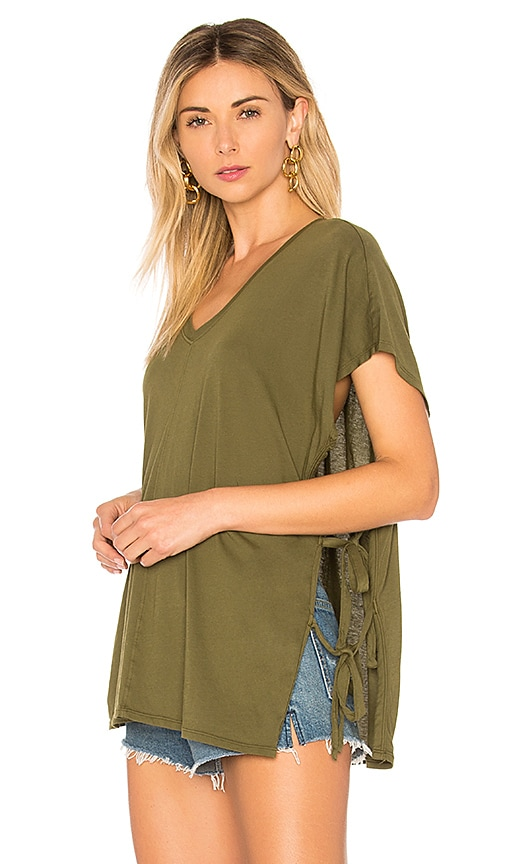Bobi Lightweight Jersey Side Lace Tee in Olive