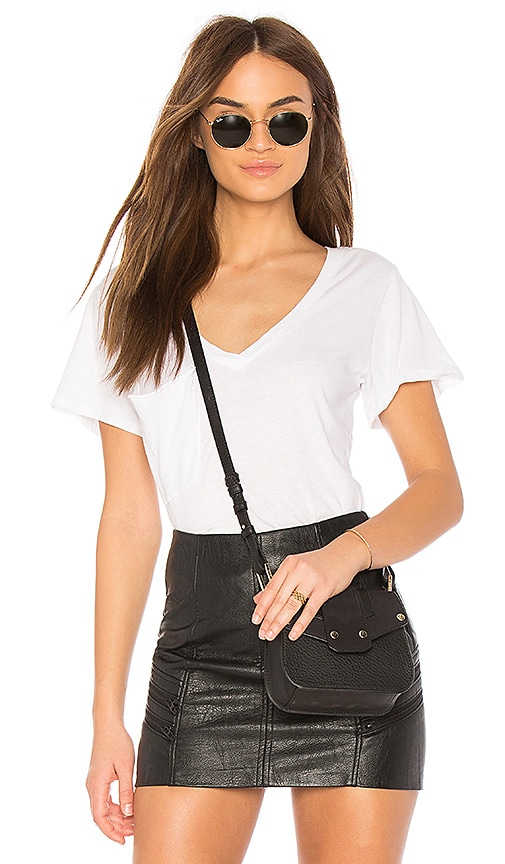 Bobi Light Weight Jersey Pocket V-Neck Tee in White