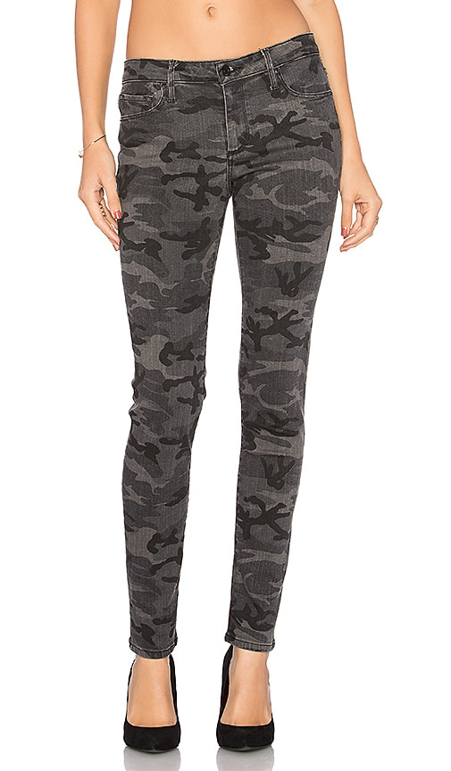 Black Orchid Jude Mid Rise Super Skinny in Black Camo