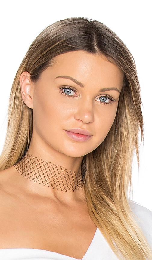 BreeLayne Single Layer Net Choker in Black