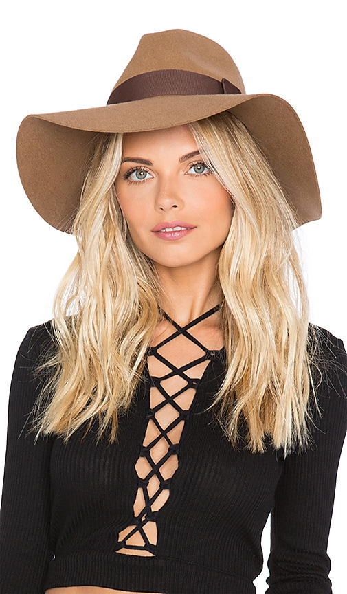 SU2C x REVOLVE Piper Hat