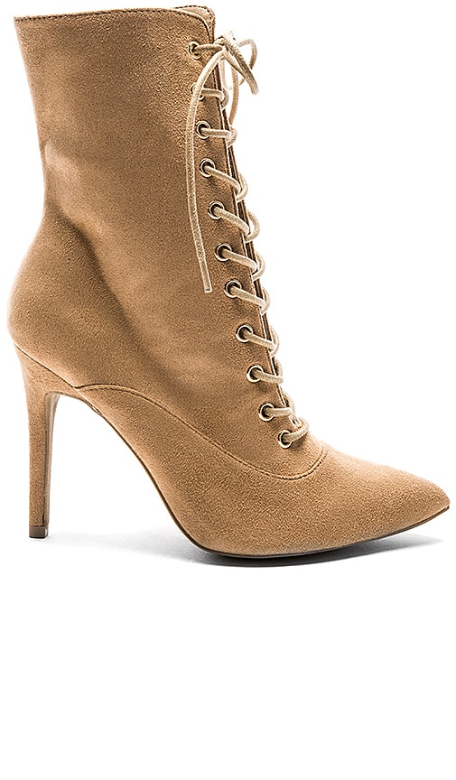 by the way. Natalie Bootie in Nude