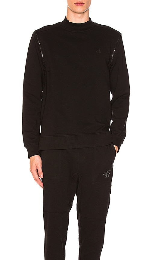Calvin Klein Shoulder Zip Sweatshirt in Black