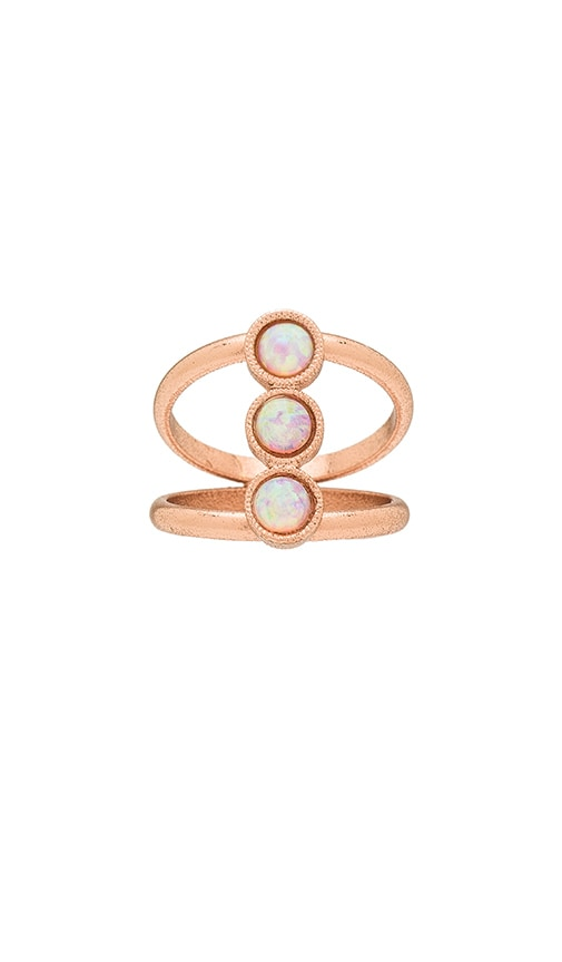 CAM Three Stone Ring in Rose Gold