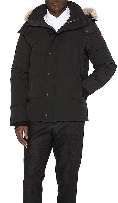 Canada Goose Wyndham Coyote Fur Trim Parka in Black