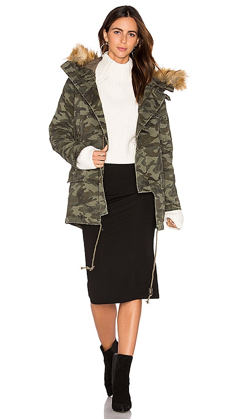 Capulet Catskill Parka With Faux Fur Trim in Army