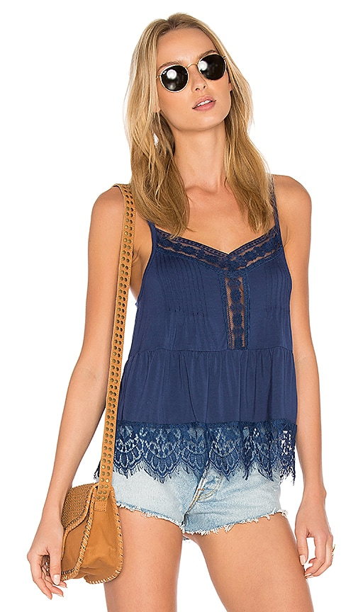 C&C California Ivy Lace Sweep Cami in Blue