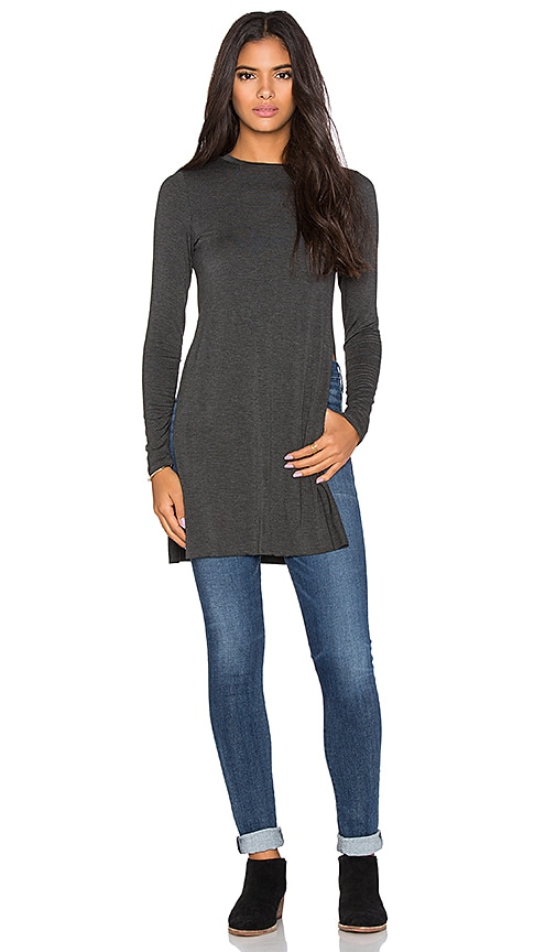 Clayton Piper Top in Charcoal