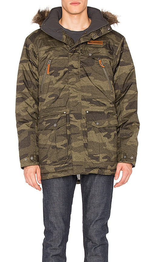 Columbia Barlow Pass 550 Turbodown Jacket in Army