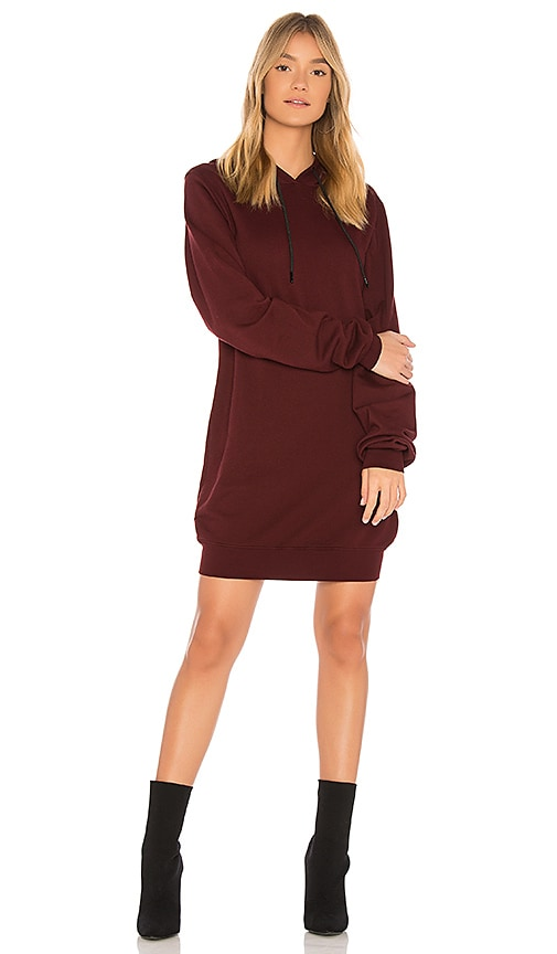 COTTON CITIZEN The Milan Backless Hoodie Dress in Wine