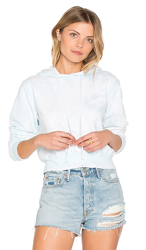 COTTON CITIZEN The Milan Cropped Pullover in Blue