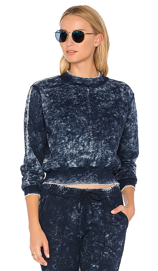 COTTON CITIZEN The Milan Cropped Sweatshirt in Navy