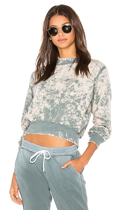 COTTON CITIZEN The Milan Crop Sweatshirt in Slate