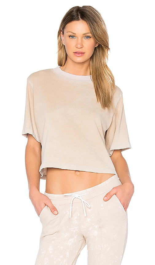 COTTON CITIZEN The Tokyo Crop Tee in Beige