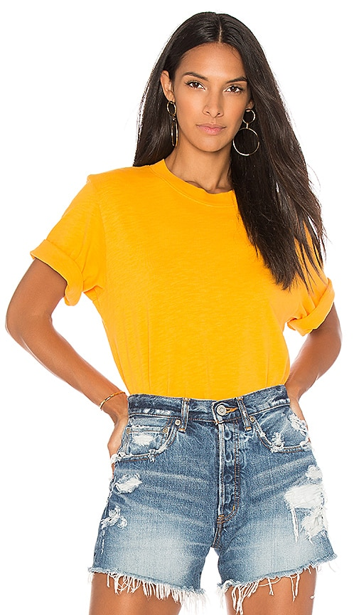 COTTON CITIZEN The Tokyo Crop Tee in Yellow