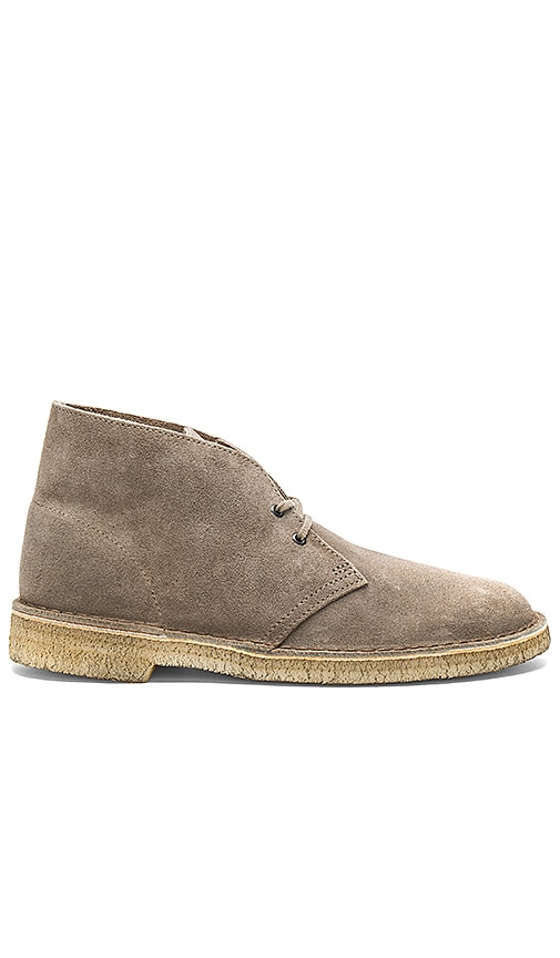 Clarks Desert Boot in Gray