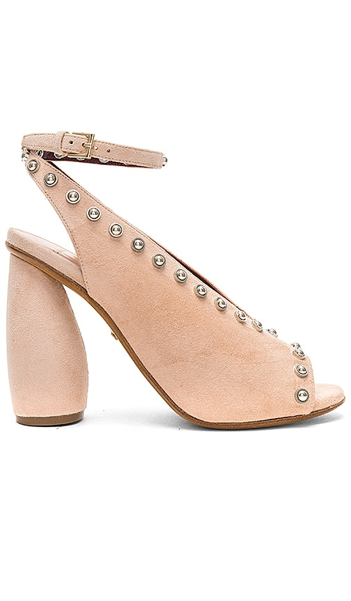 Carven Odeon Sandals in Beige