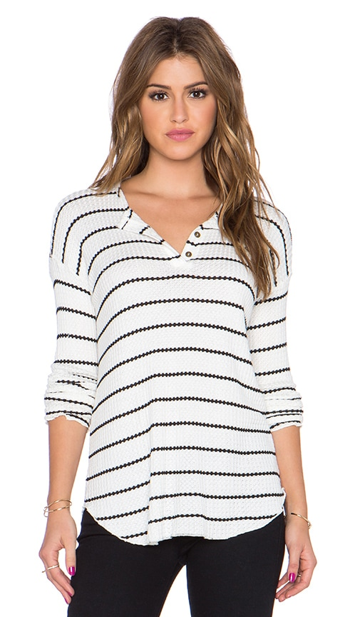 Chaser Stripe Thermal Henley Tee in Natural & Black