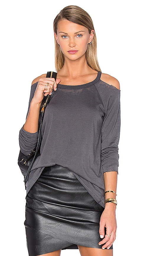 Chaser Unfinished Edge Cold Shoulder Tee in Gray