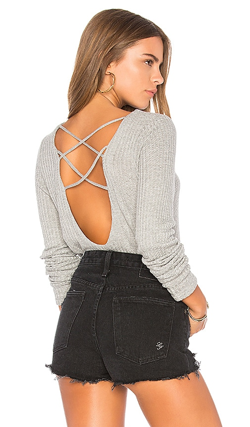 Chaser Thermal Strappy Tee in Gray