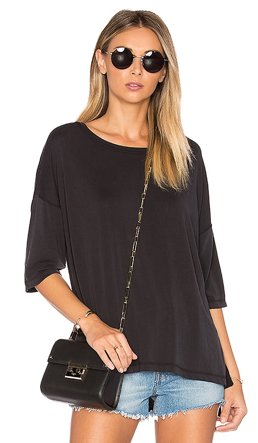 cupcakes and cashmere Matty Tee in Black