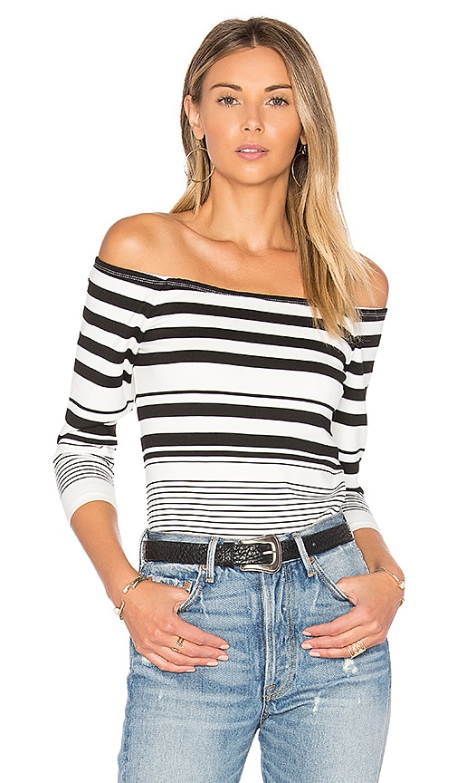 cupcakes and cashmere Lelani Top in Black & White
