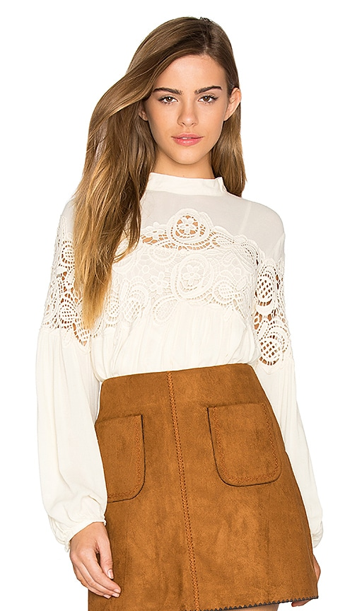 Deby Debo Delaney Lace Trimmed Top in Cream