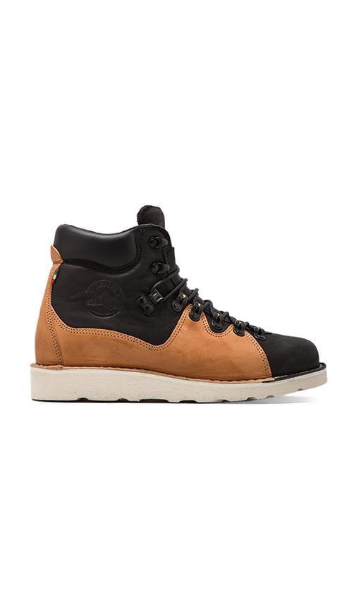 Roccia Due Boot
