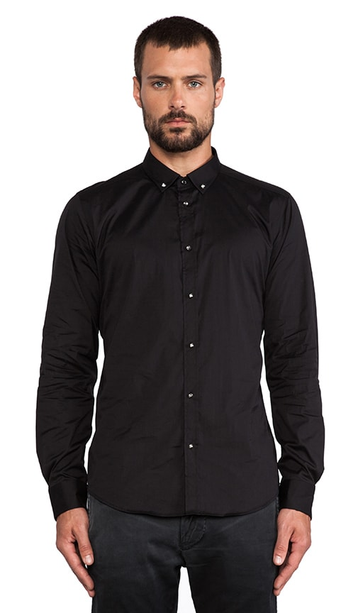 Dut Button Up