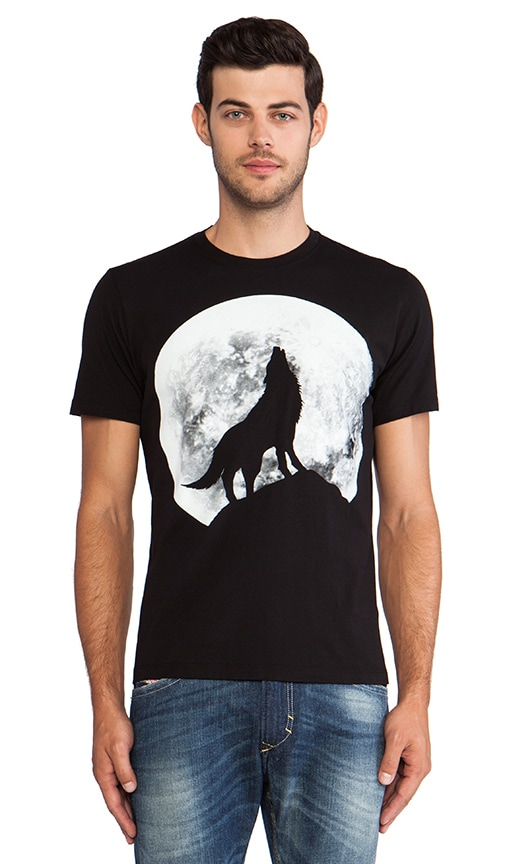 Wolf Graphic Tee