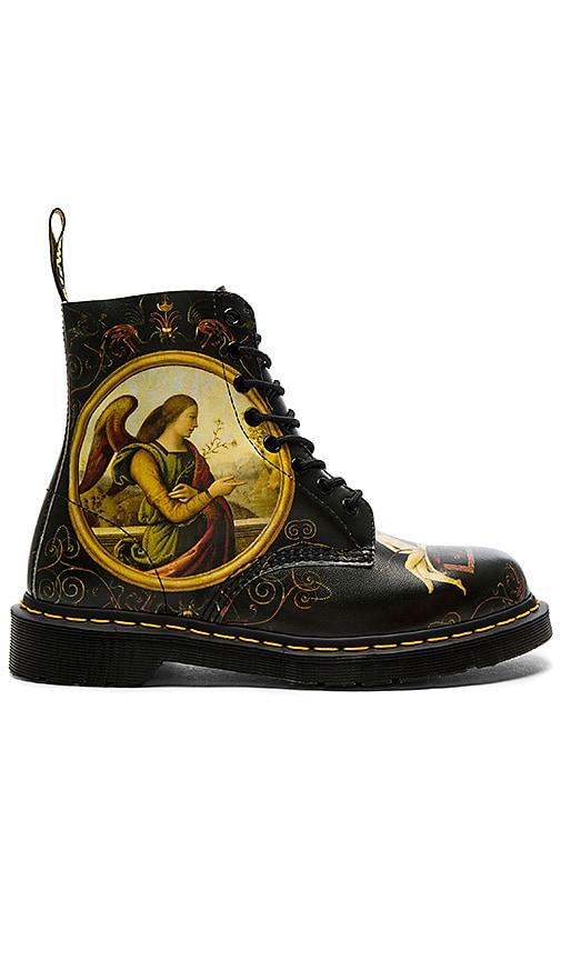 Pascal 8 Eye Boot